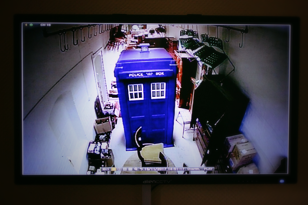 Christmas Auction Preview - The Herne Bay Tardis is up for Auction this November at The Canterbury Auction Galleries! Banner Image